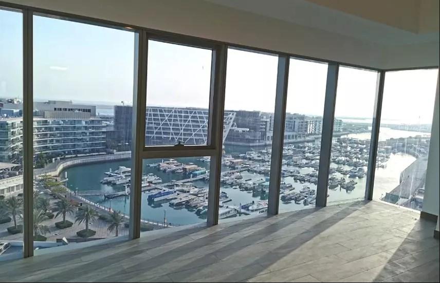 Luxurious 2BHK + Maid W/Sea View – Zero Commission