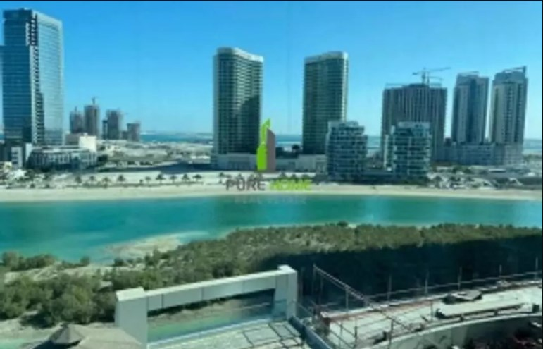 Large Layout Furnished Studio – Ready to Move In